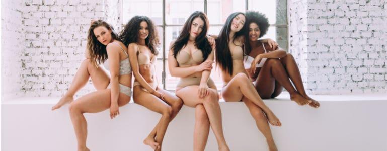 Hoe we het vrouwelijk lichaam en haar curves kunnen ondersteunen