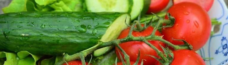 Tomaten en komkommer