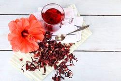 Hibiscus thee kent tal van gezondheidsvoordelen